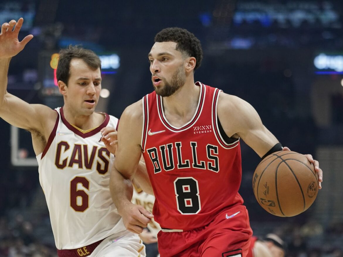 Bulls remain unbeaten in preseason, but this one didn't come easy