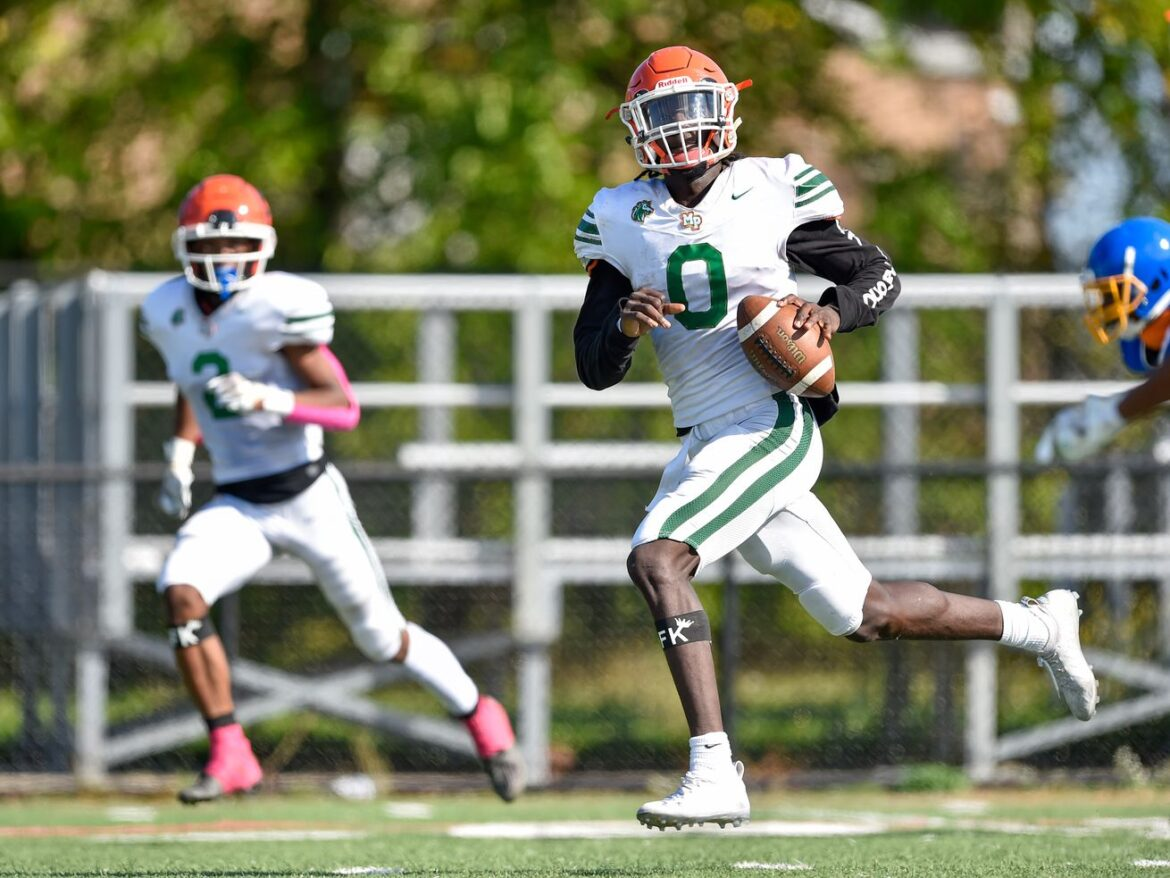 Dynamic Aaron Warren leads Morgan Park to its first win against Simeon in 12 years
