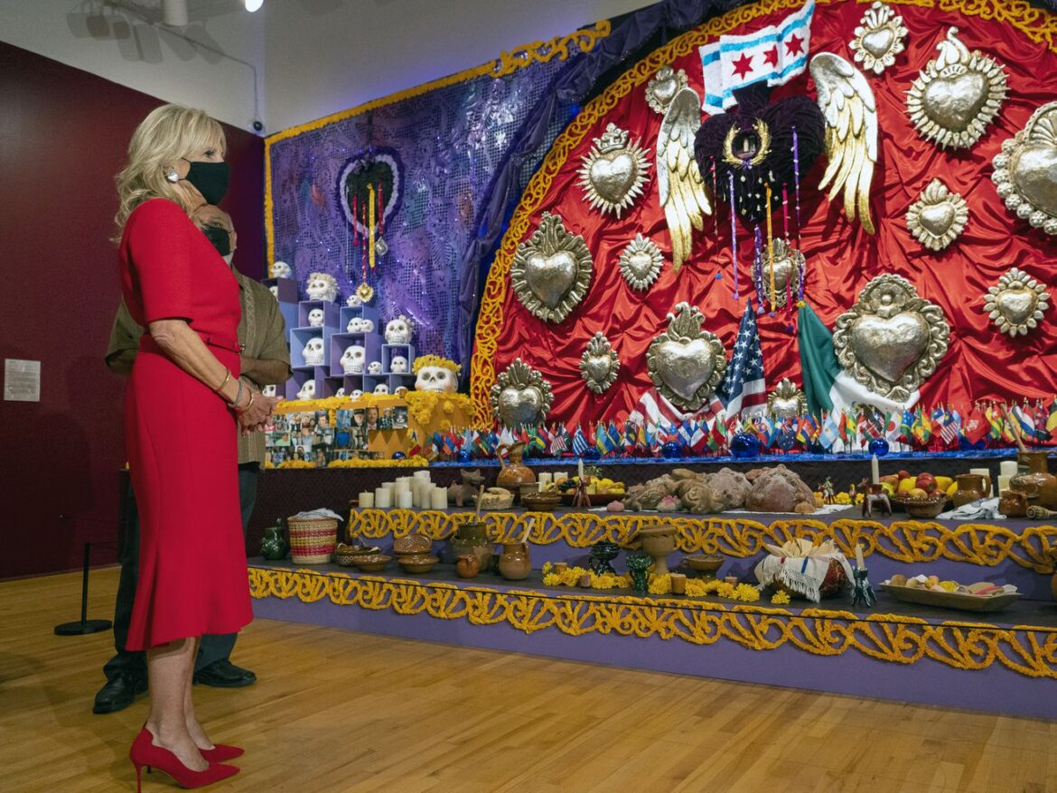First lady Jill Biden tours National Museum of Mexican Art in first visit to Chicago, views memorials to 'everyday people'