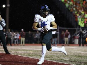 Four Downs: News and notes from Week 9 in high school football