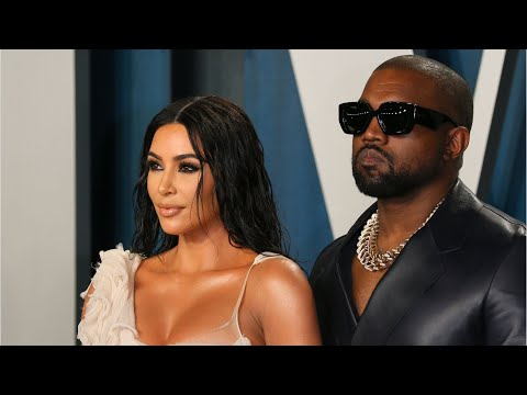 """Kim Kardashian Spotted With Kanye West Ahead of Her """"SNL"""" Debut"""