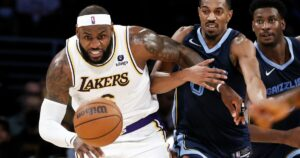 LeBron James to miss Spurs game tonight because of sore ankle