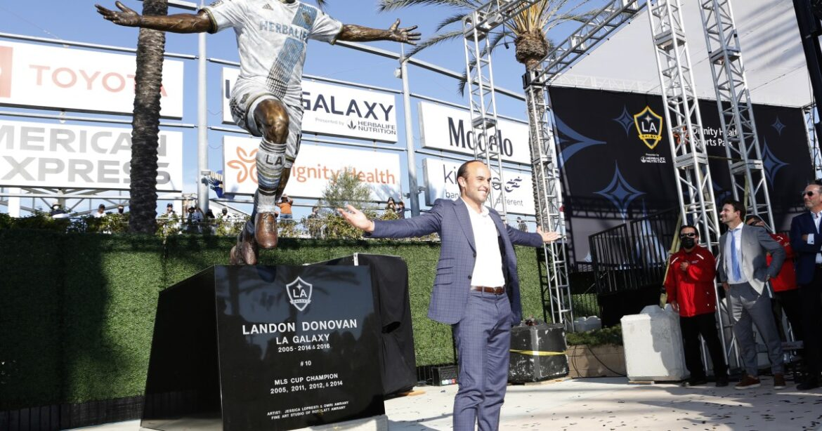 MLS thanks Landon Donovan for elevating the league as the Galaxy unveil his statue