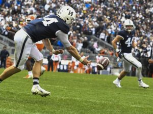 Penn State falls to No. 20 in AP Top 25 after upset loss to Illinois