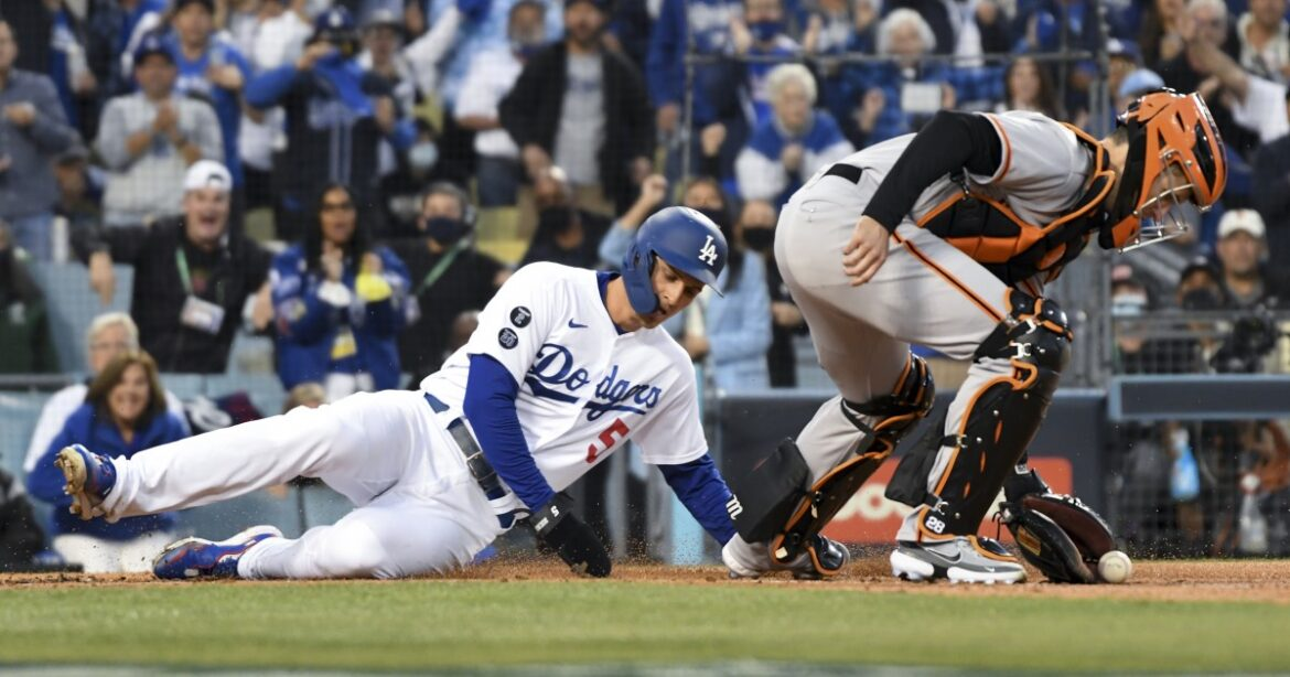 Photos: Dodgers vs. Giants in NLDS Game 4