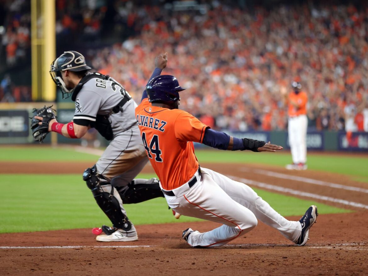 Playing the game well? 'Must be an Astros thing,' says White Sox manager Tony La Russa