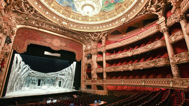 Russian actor crushed to death by set during opera