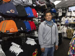 Shortage of Chicago Sky merchandise leaves fans, retailers swagless